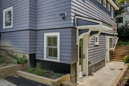 Auxiliary Apartment Outdoor Entry Watertown MA Contemporary Design Build
