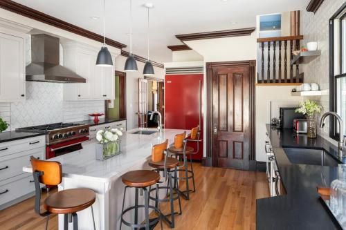 Kitchen Remodel 2 West Roxbury MA Contemporary Design Build