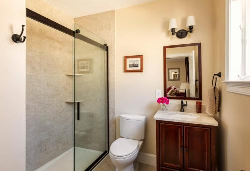 Bathroom 2 West Roxbury MA Contemporary Design Build
