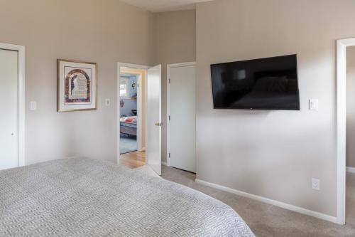 Master Bedroom 2 Contemporary Design Newton MA
